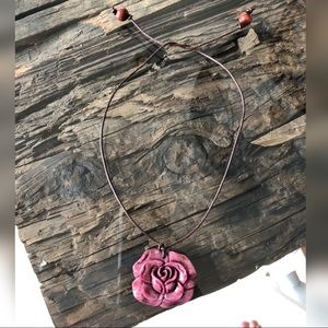 Jewelry - Pink Flower Rope Necklace